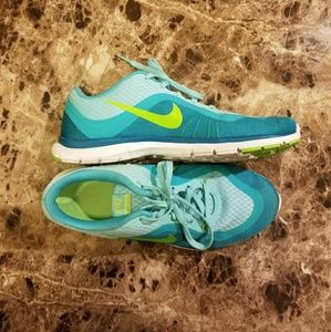 Nike TR 6 Trainers